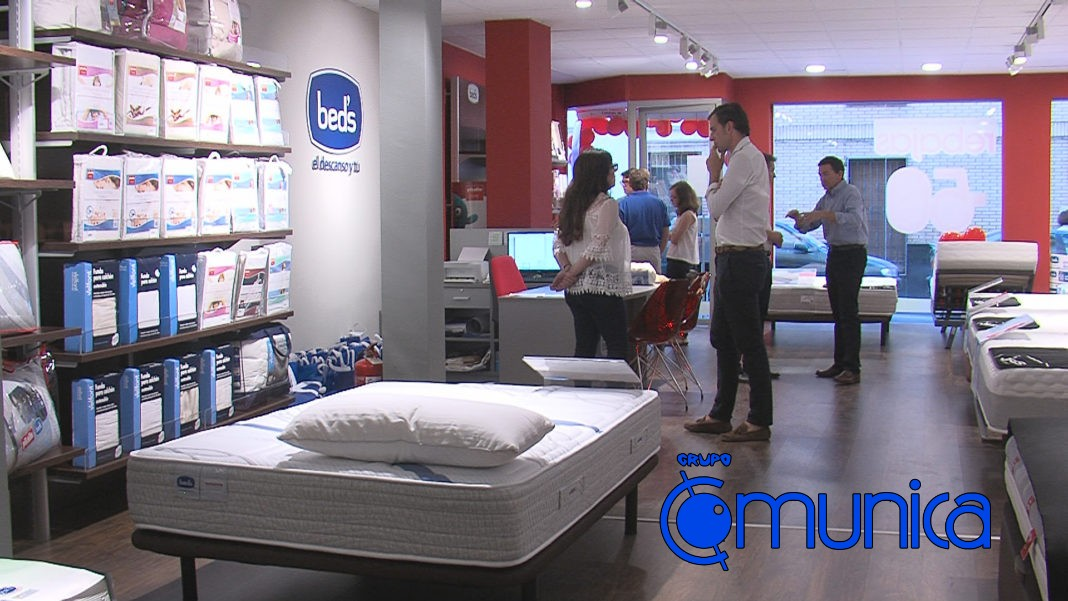 Inaugurada en calle Antonio Navas López la tienda de colchones Bed