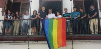 Orgullo, izan bandera en el ayuntamiento